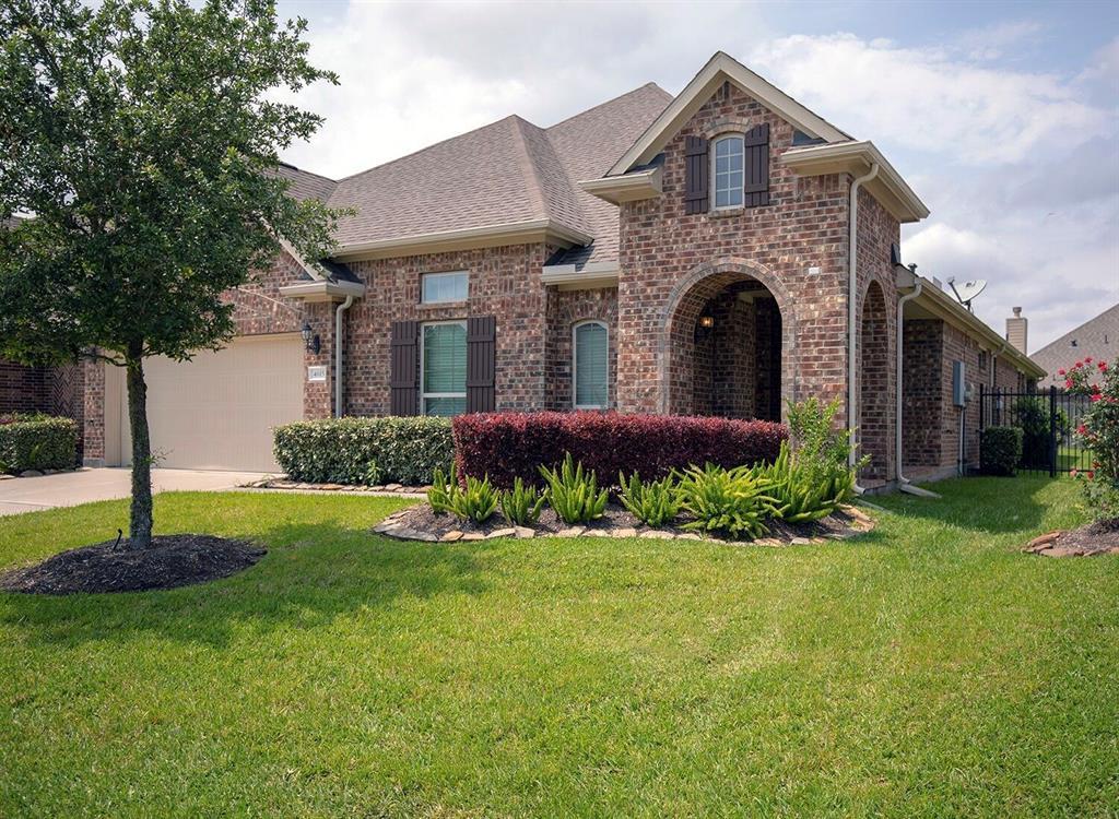 Active   4615 Hispania View Drive League City, TX 77573 1