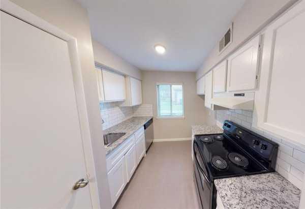 Property for Rent | 7321 S Yale Avenue #120 Tulsa, Oklahoma 74136 3
