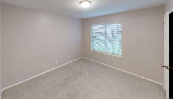 Property for Rent | 7321 S Yale Avenue #120 Tulsa, Oklahoma 74136 10