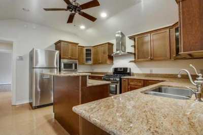 Sold Property | 6043 PENROSE Avenue Dallas, Texas 75206 10