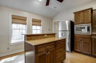 Sold Property | 6043 PENROSE Avenue Dallas, Texas 75206 11