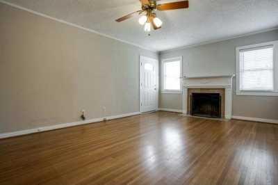 Sold Property | 6043 PENROSE Avenue Dallas, Texas 75206 2