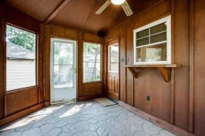 Sold Property | 6043 PENROSE Avenue Dallas, Texas 75206 21