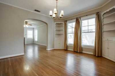 Sold Property | 6043 PENROSE Avenue Dallas, Texas 75206 7