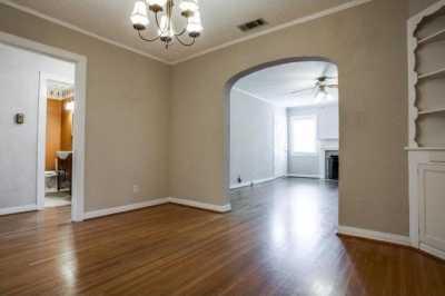 Sold Property | 6043 PENROSE Avenue Dallas, Texas 75206 9