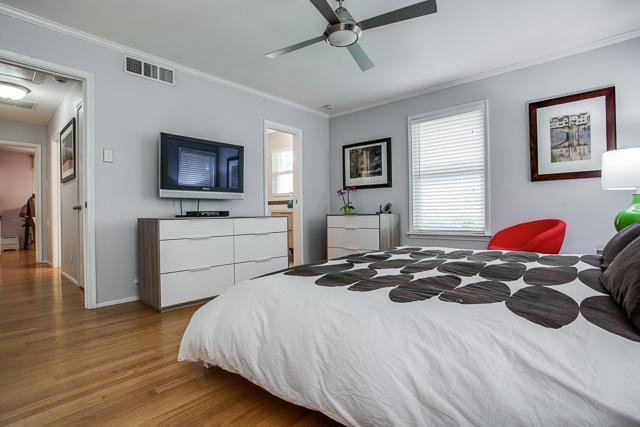 Sold Property | 6452 Highgate Lane Dallas, Texas 75214 14