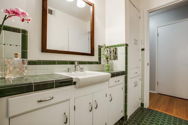 Sold Property | 6452 Highgate Lane Dallas, Texas 75214 17