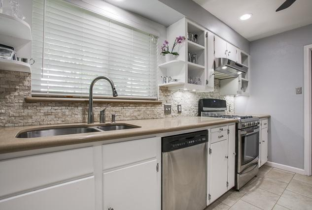 Sold Property | 6452 Highgate Lane Dallas, Texas 75214 5