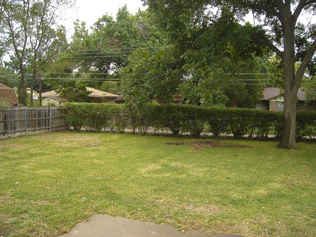 Leased | 2414 Inadale Avenue Dallas, Texas 75228 7