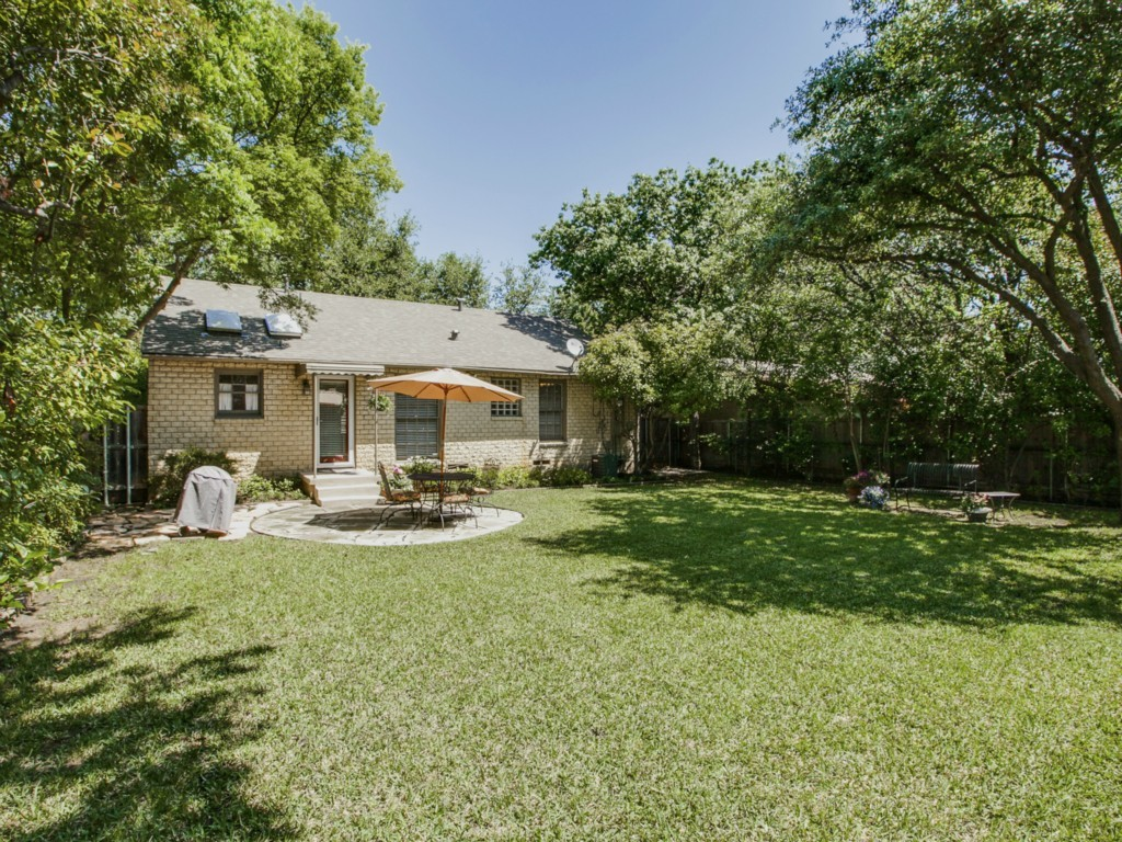 Sold Property | 6136 Saint Moritz Avenue Dallas, Texas 75214 17