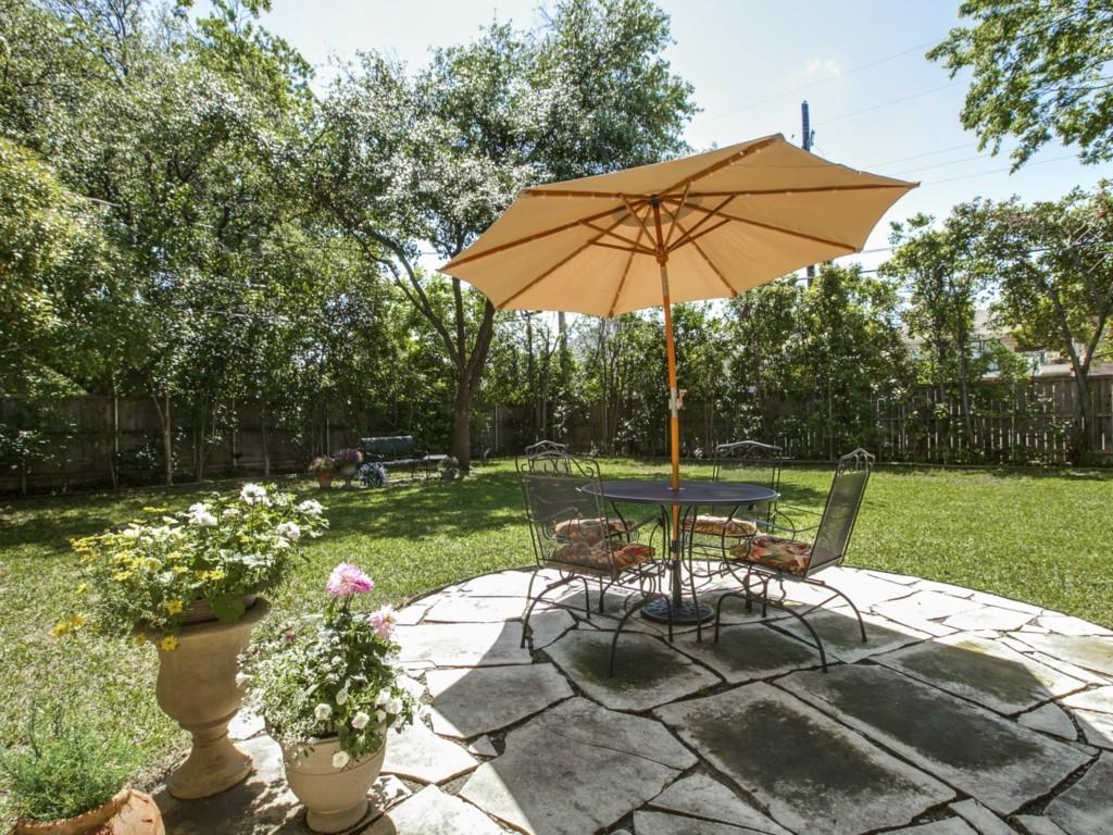 Sold Property | 6136 Saint Moritz Avenue Dallas, Texas 75214 18