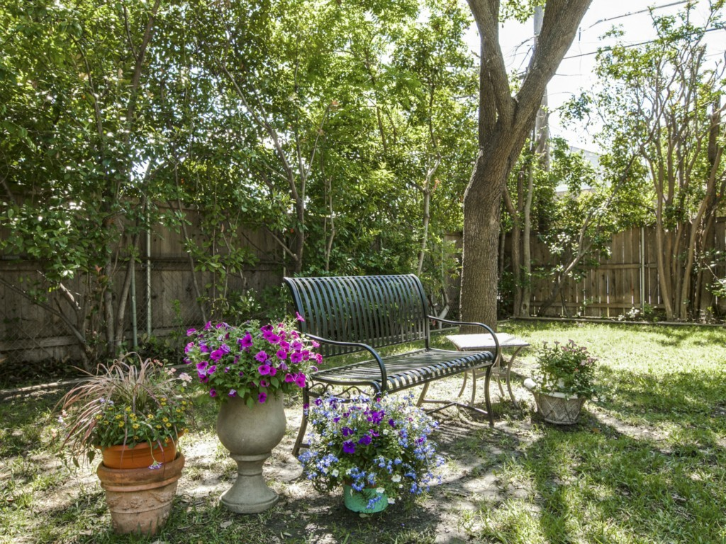 Sold Property | 6136 Saint Moritz Avenue Dallas, Texas 75214 19
