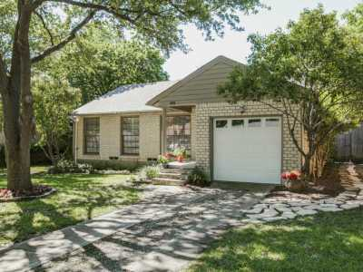 Sold Property | 6136 Saint Moritz Avenue Dallas, Texas 75214 21