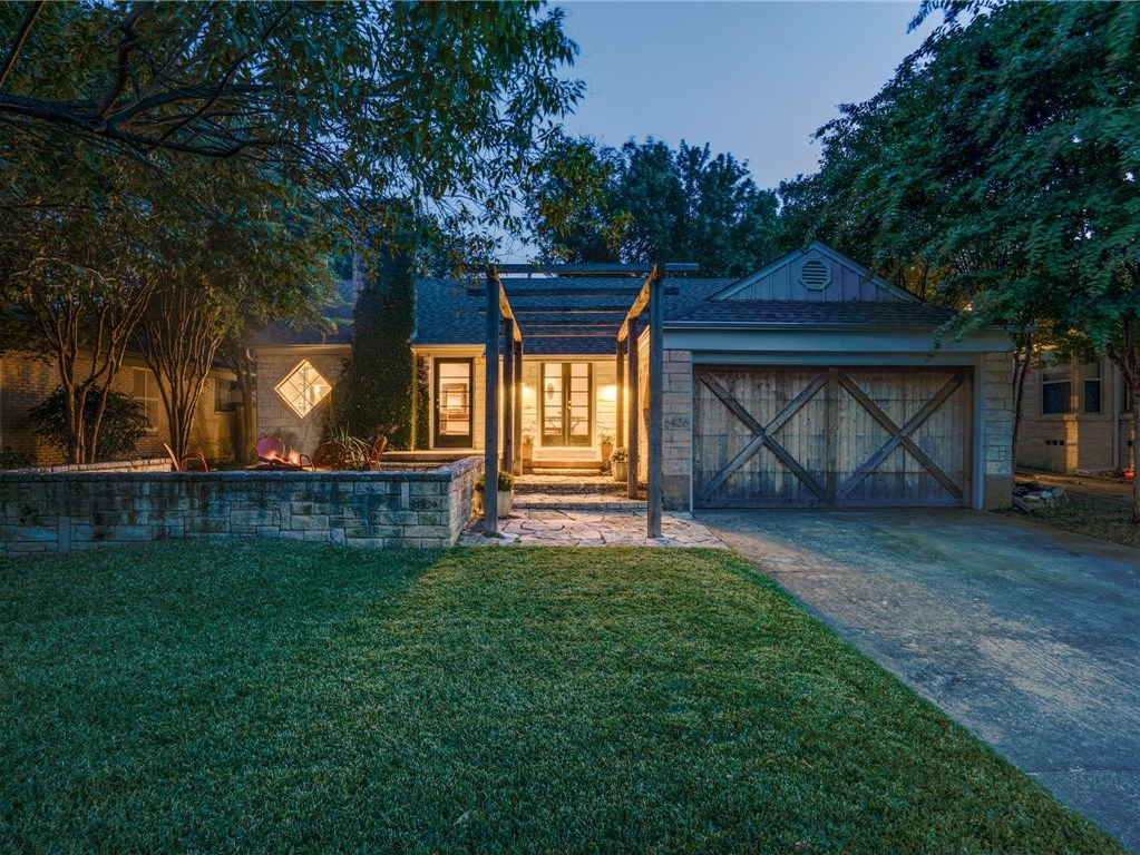 Sold Property | 6426 Vickery Boulevard Dallas, Texas 75214 1