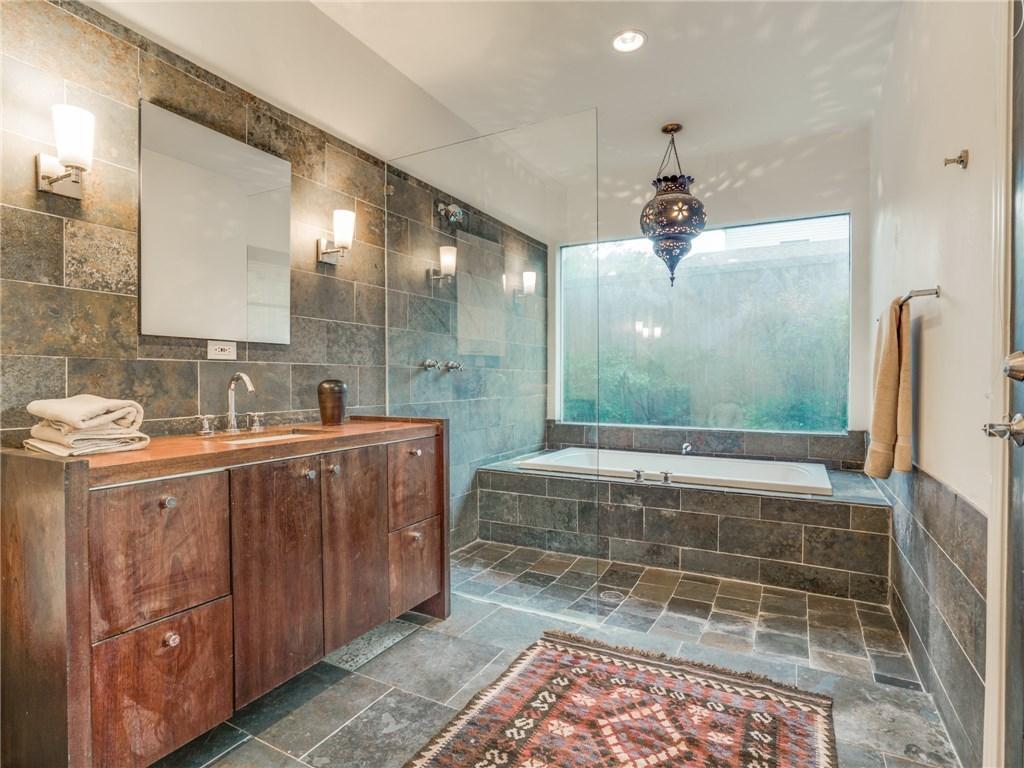 Sold Property | 6426 Vickery Boulevard Dallas, Texas 75214 16