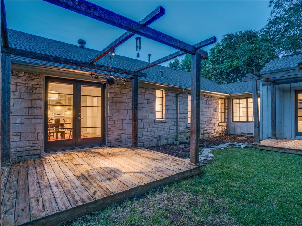 Sold Property | 6426 Vickery Boulevard Dallas, Texas 75214 19
