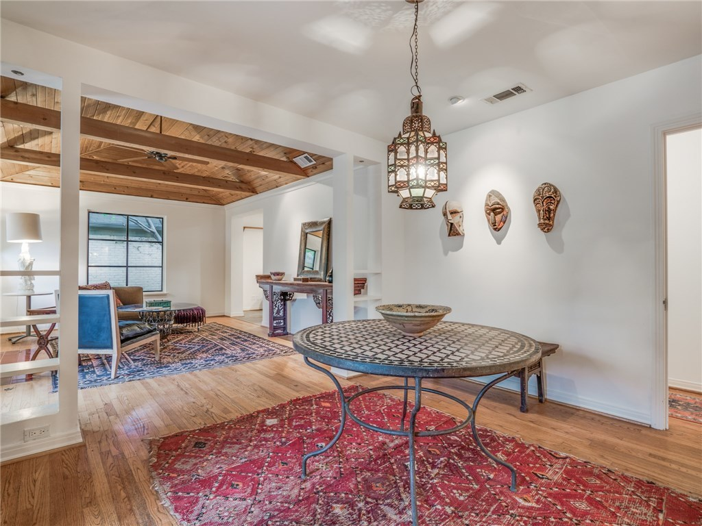 Sold Property | 6426 Vickery Boulevard Dallas, Texas 75214 4