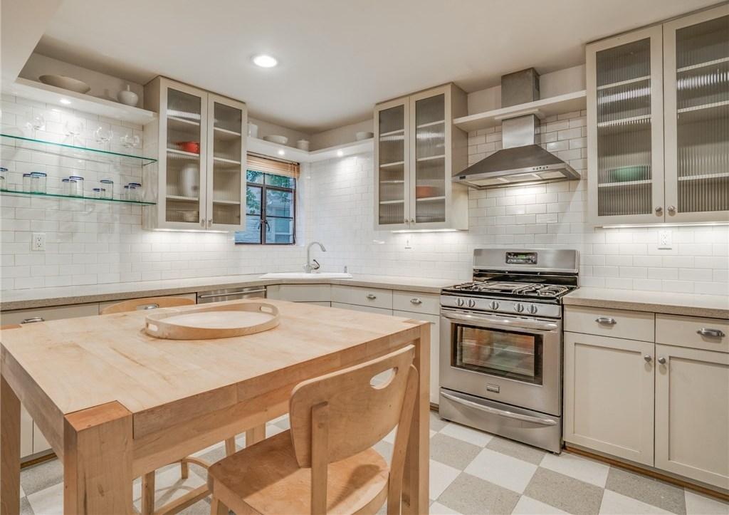 Sold Property | 6426 Vickery Boulevard Dallas, Texas 75214 8