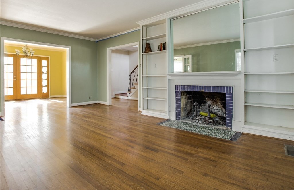 Sold Property | 7036 Gaston Avenue Dallas, Texas 75214 1