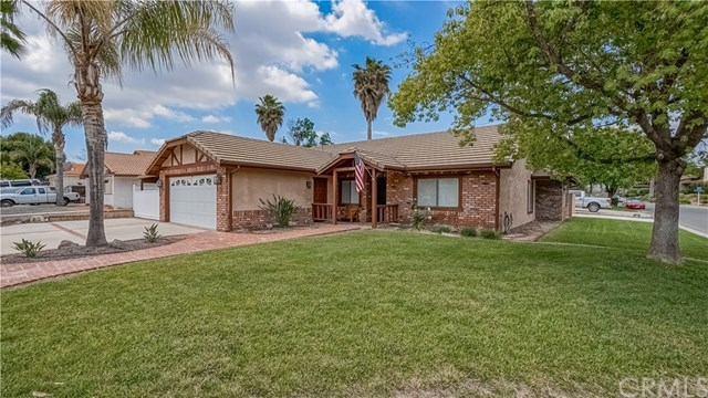 23710 Brook Drive Canyon Lake, CA 92587 | 23710 Brook Drive Canyon Lake, CA 92587 17