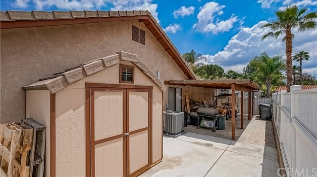 23710 Brook Drive Canyon Lake, CA 92587 | 23710 Brook Drive Canyon Lake, CA 92587 26