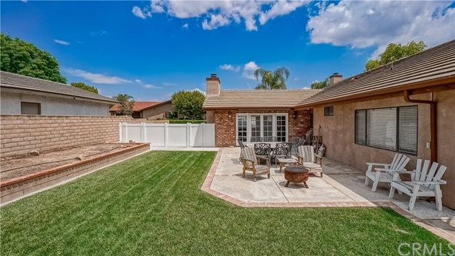 23710 Brook Drive Canyon Lake, CA 92587 | 23710 Brook Drive Canyon Lake, CA 92587 27