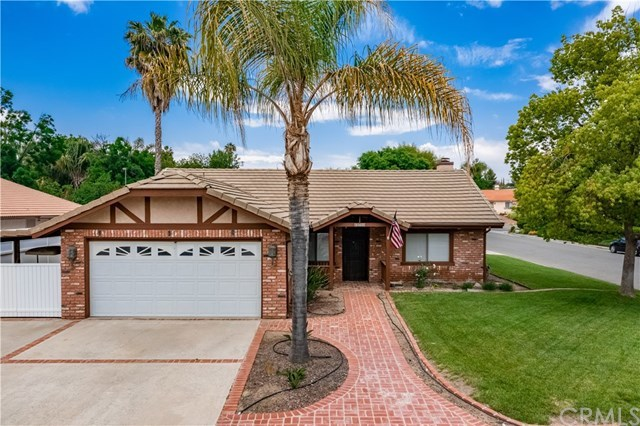 23710 Brook Drive Canyon Lake, CA 92587 | 23710 Brook Drive Canyon Lake, CA 92587 29