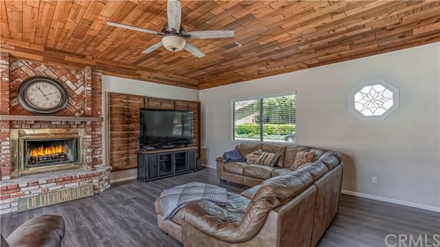 23710 Brook Drive Canyon Lake, CA 92587 | 23710 Brook Drive Canyon Lake, CA 92587 9