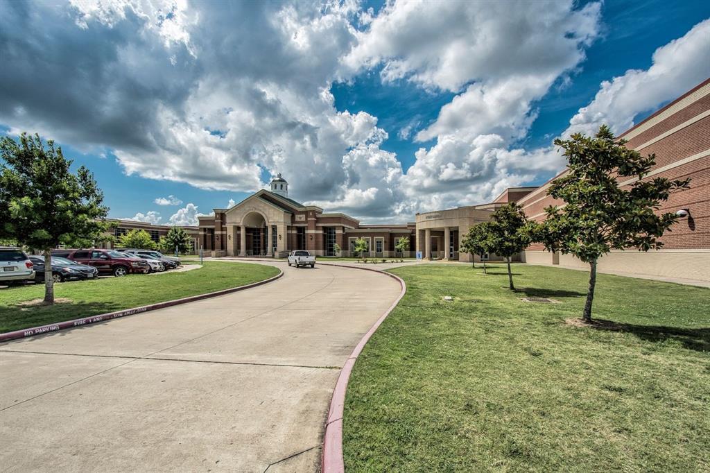 Active | 1724 Sweet Rose Court League City, TX 77573 33