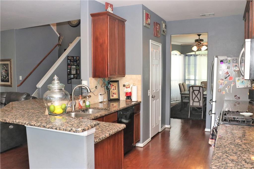 Sold Property | 623 Rosarita Road Arlington, Texas 76002 10