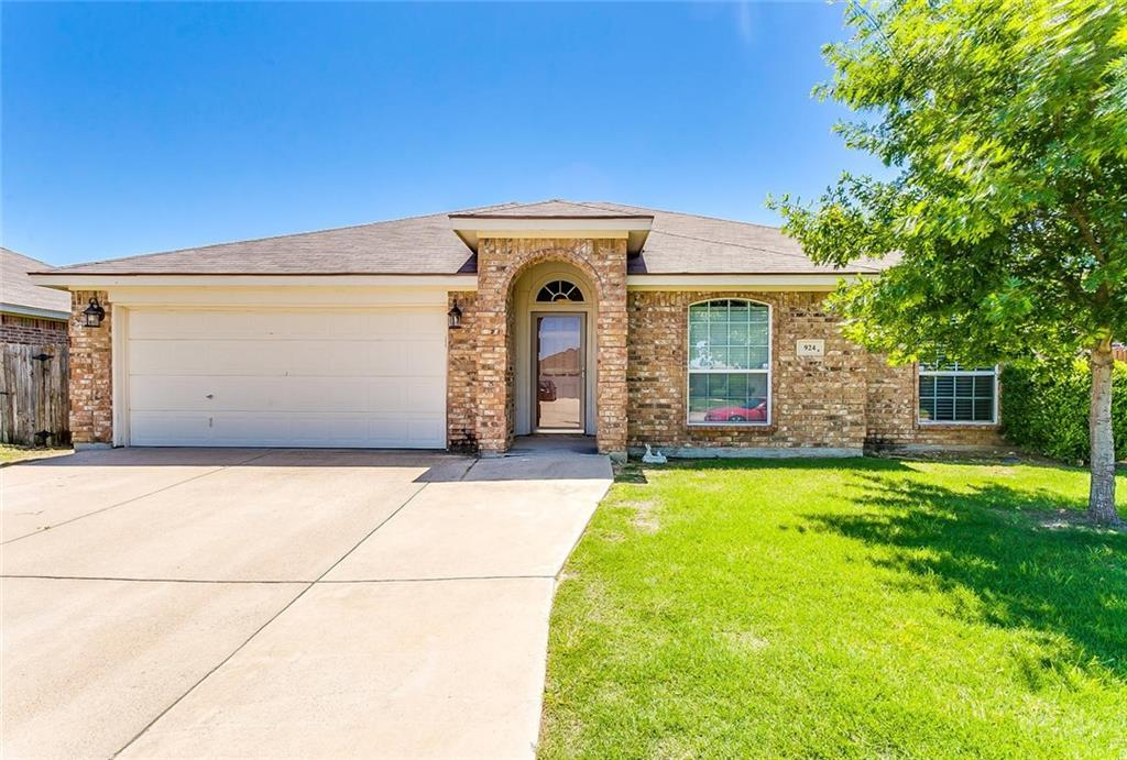 Sold Property | 924 Crowder Drive Crowley, Texas 76036 0