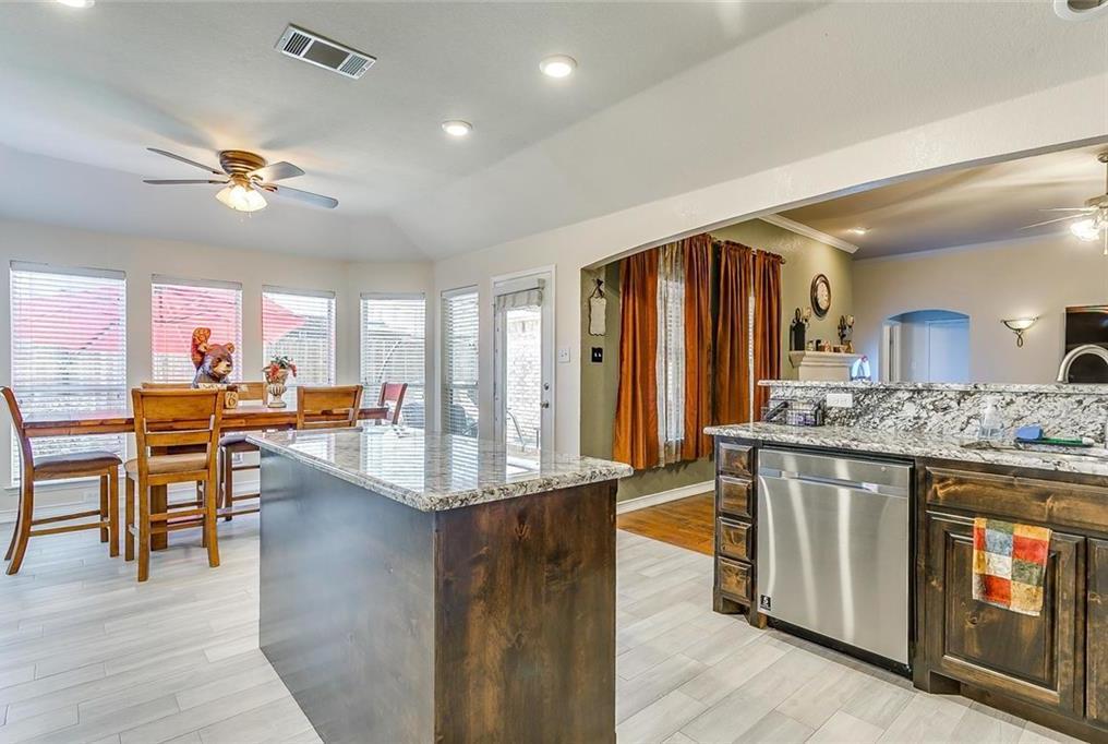 Sold Property | 924 Crowder Drive Crowley, TX 76036 12