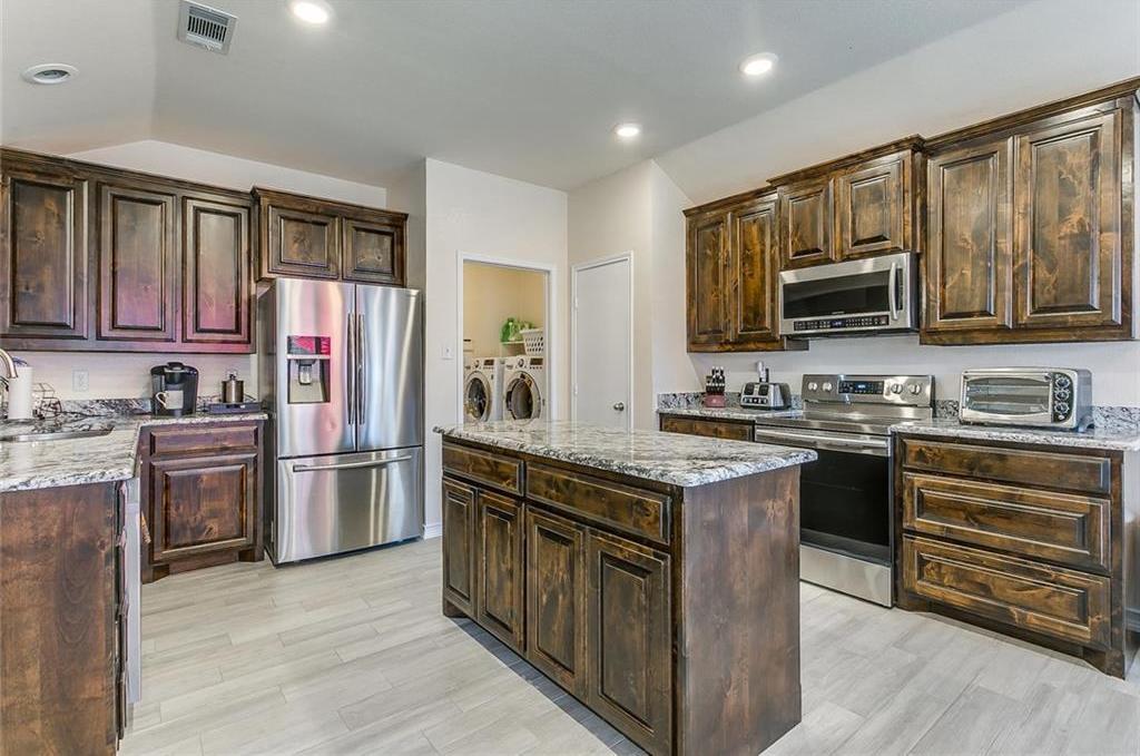 Sold Property | 924 Crowder Drive Crowley, TX 76036 14