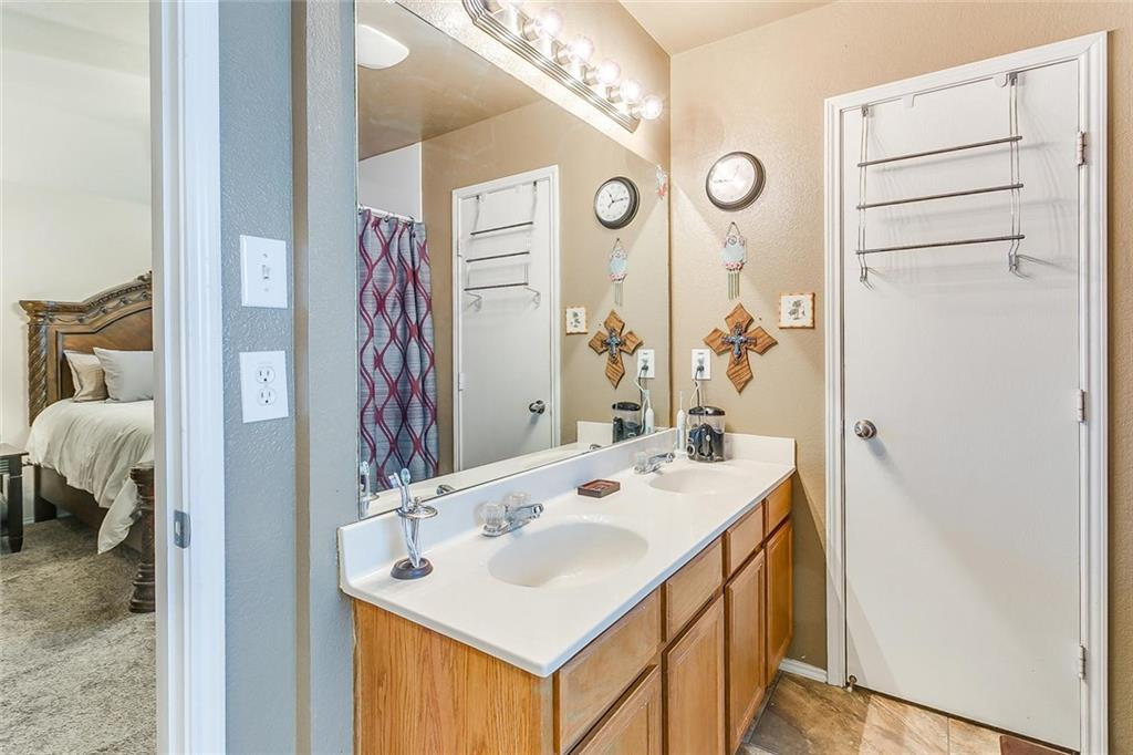 Sold Property | 924 Crowder Drive Crowley, TX 76036 25