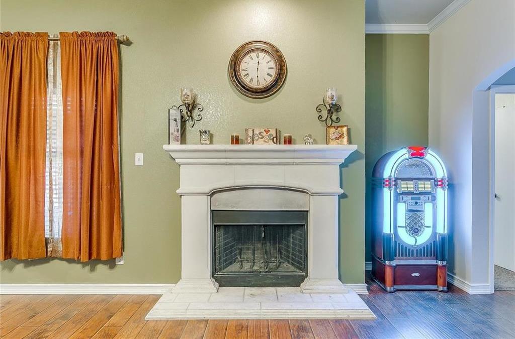 Sold Property | 924 Crowder Drive Crowley, TX 76036 10