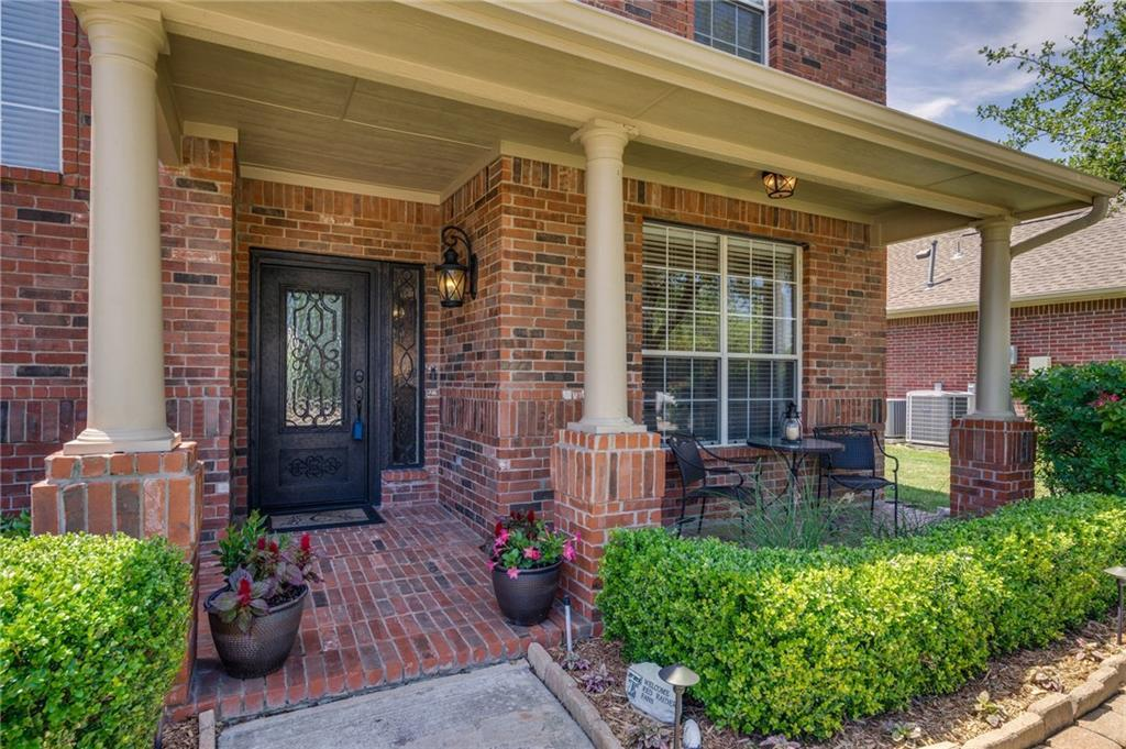 Sold Property | 1501 Stone Bend Lane Flower Mound, Texas 75028 4