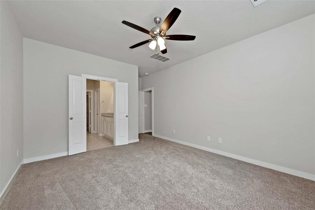 Active | 242 Aster View  Montgomery, TX 77316 10