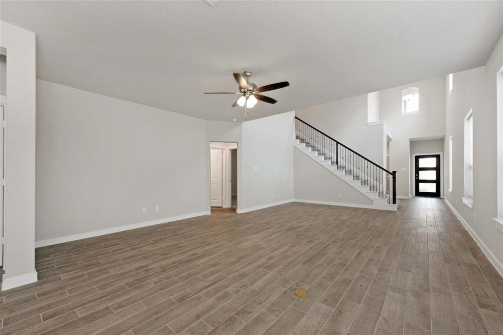 Active | 242 Aster View  Montgomery, TX 77316 17