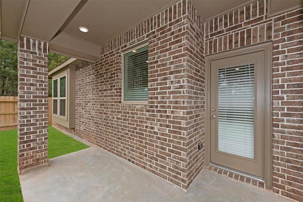 Active | 242 Aster View  Montgomery, TX 77316 22