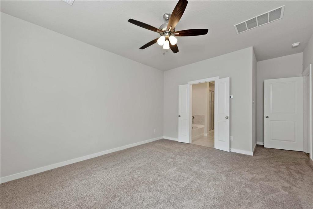 Active | 242 Aster View  Montgomery, TX 77316 9
