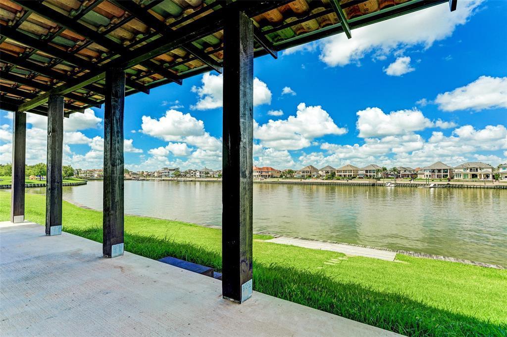 Option Pending | 2510 Beacon Circle League City, TX 77573 12