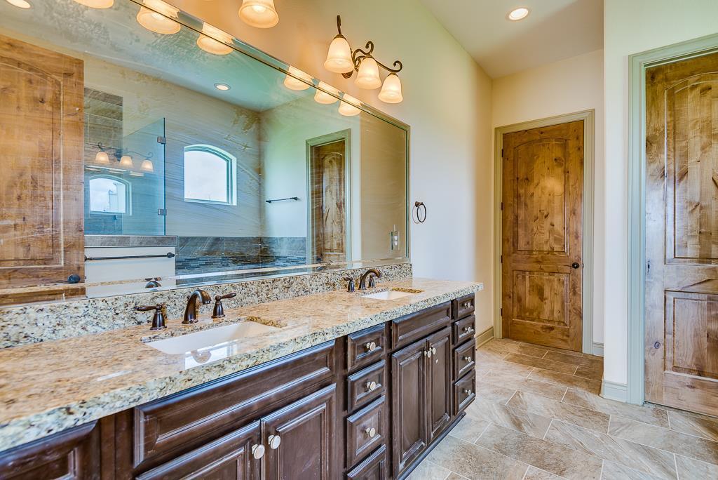 Option Pending | 2510 Beacon Circle League City, TX 77573 15