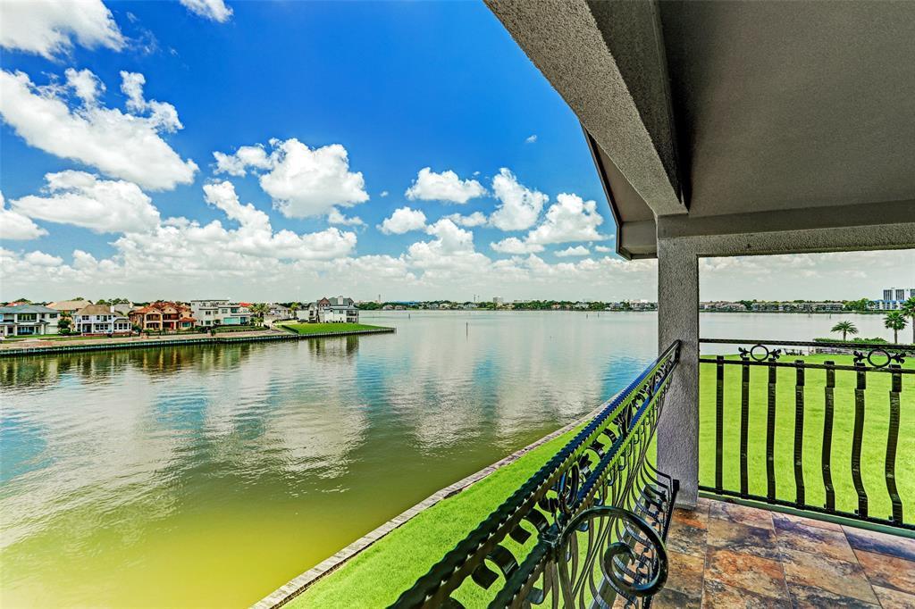 Option Pending | 2510 Beacon Circle League City, TX 77573 33
