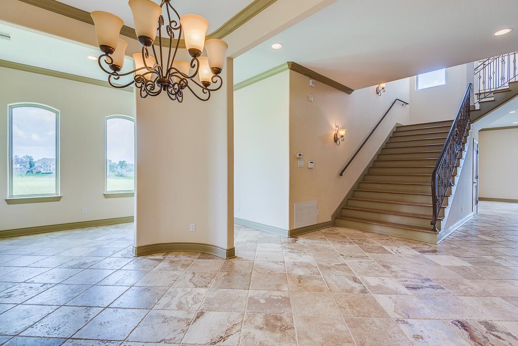 Option Pending | 2510 Beacon Circle League City, TX 77573 5