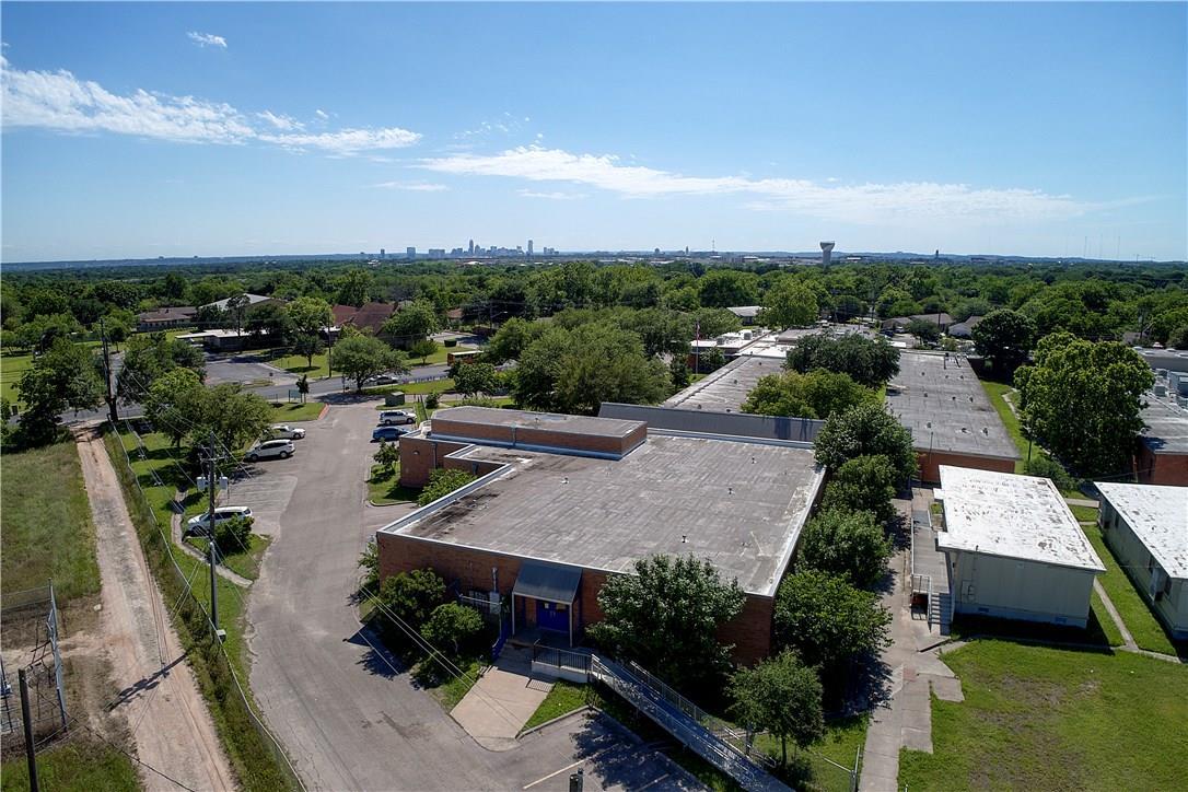 Active | 6104 Reicher  Drive Austin, TX 78723 15
