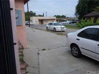 Pending   13240 2nd Street Chino, CA 91710 23