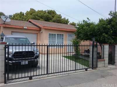 Pending   13240 2nd Street Chino, CA 91710 42
