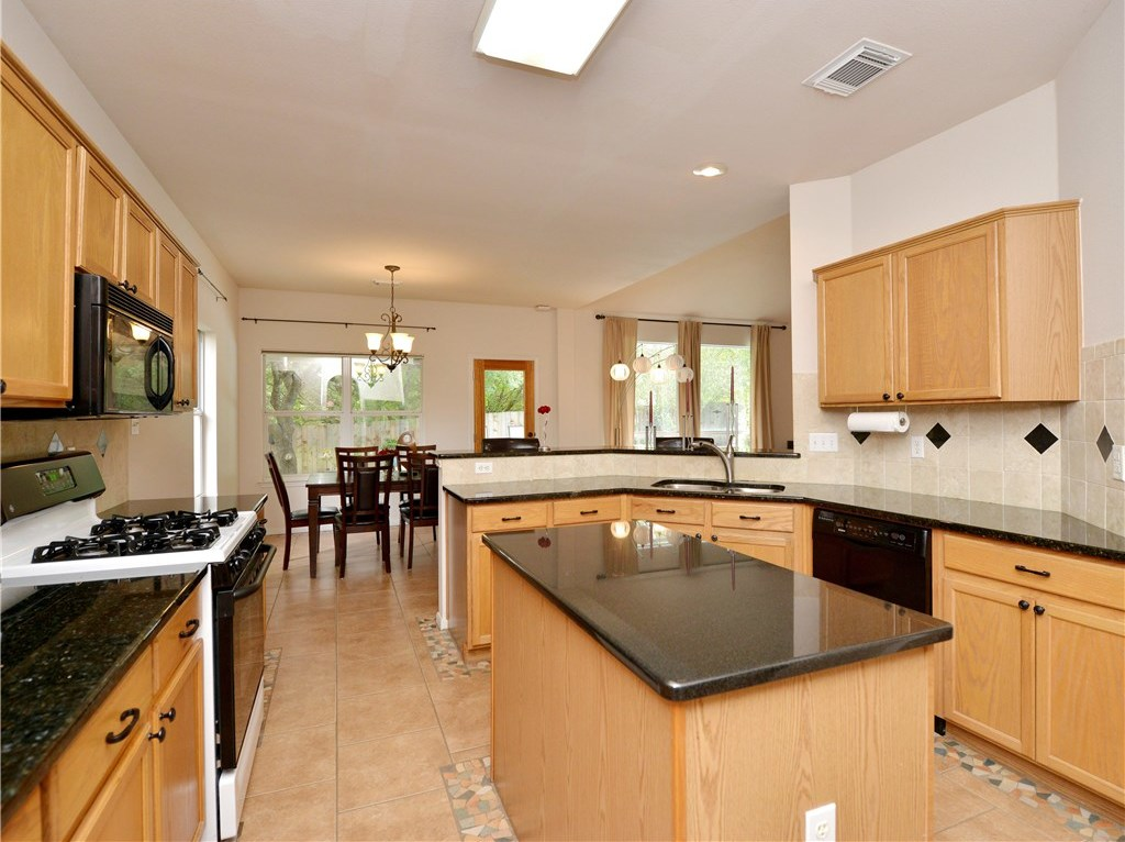 Sold Property | 7025 Auckland Drive Austin, TX 78749 10