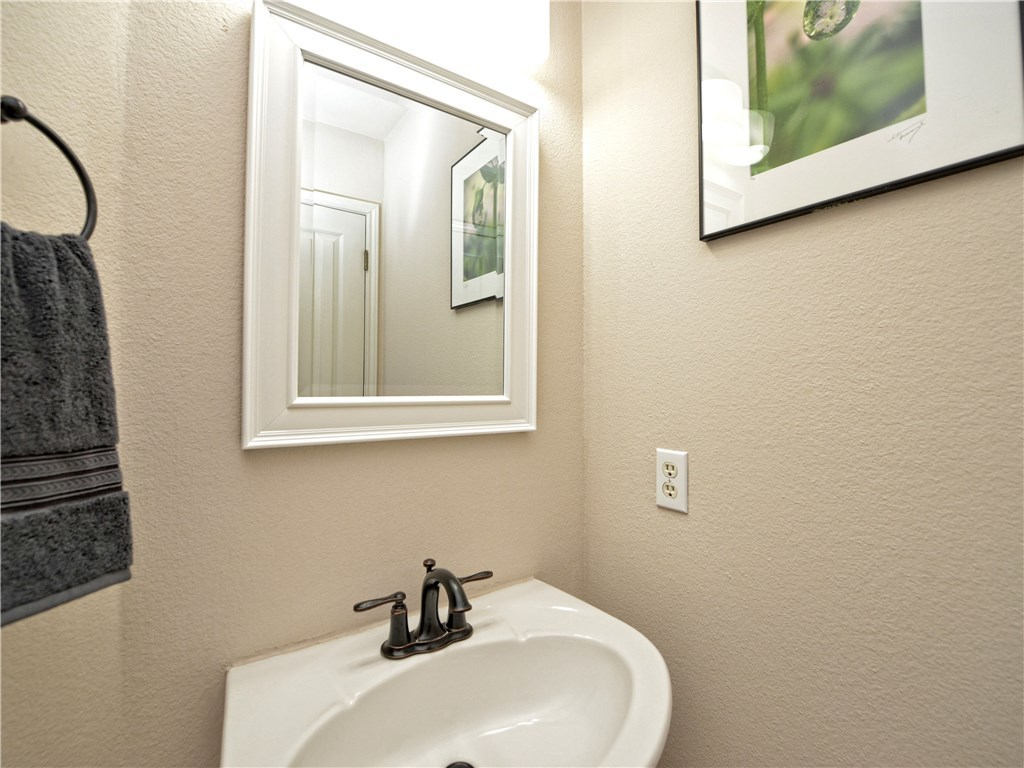 Sold Property | 7025 Auckland Drive Austin, TX 78749 27
