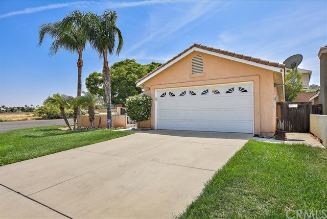 Closed | 896 Poppyseed Lane Corona, CA 92881 25